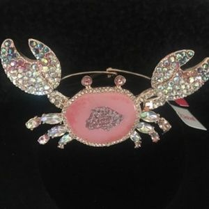 BETSEY JOHNSON Rose Gold Crystal Crab Bangle